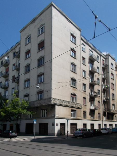 Apartments Balassa Bálint street 7