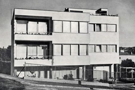 Apartments Harangvirág street 11