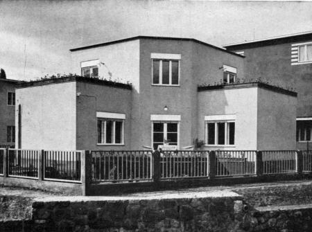 Napraforgó street 1