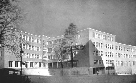Szilágyi Erzsébet High School