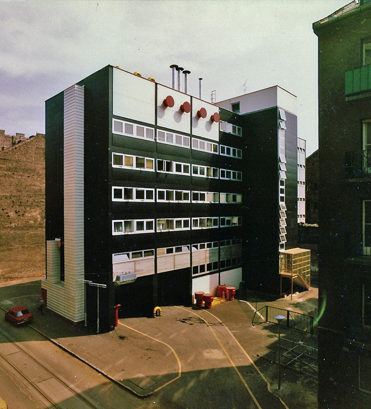 NAV office building (ex: MGM)