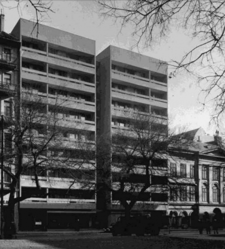 Apartments József Nádor square
