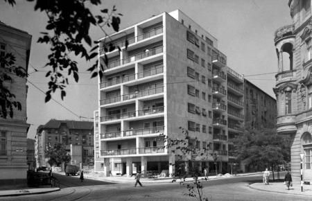 Apartments Frankel Leó street 2-4