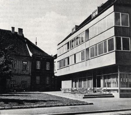 Apartments Dísz square 8